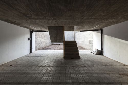 Little Building / Federico Marinaro Arquitecto