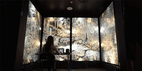 A Pulsating Light Room of Multi-Layered Glass by Claudia Bueno to Premiere at Meow Wolf Las Vegas