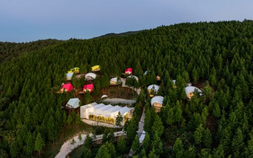 SJCC Glamping Resort / Atelier Chang