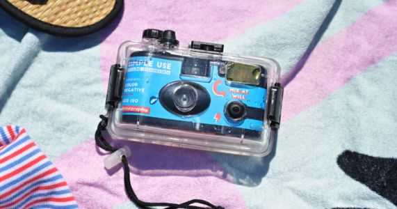Lomography's New Analogue Aqua is a 'Simple Use' Underwater Film Camera