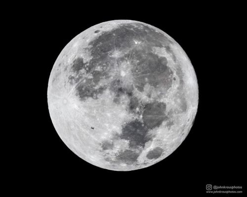 I Photographed the ISS Crossing the Full Moon at 17,500mph