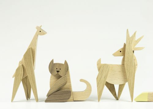 Mix and Match Magnetic, Wooden Animal Parts to Invent Bizarre New Creatures