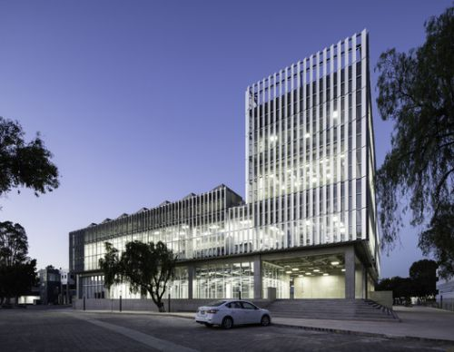 BioEngineering Center / Studio de Arquitectura y Ciudad