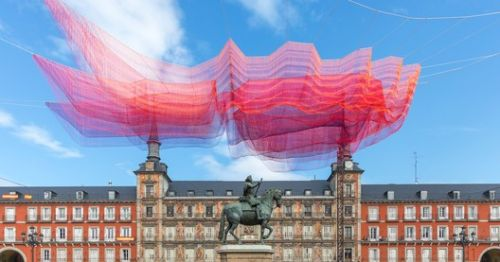 Janet Echelman Suspends Time-Inspired Net Sculpture Over Madrid's Plaza Mayor