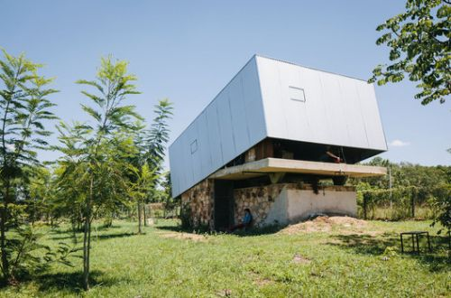 Should Architecture Be Static? The Possibilities of Kinetic Buildings
