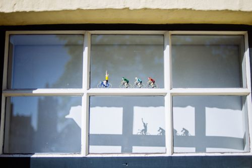 A Photographer Captures the Bizarre and Idiosyncratic Collections Displayed in Belgian Windows