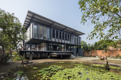 Hoang Tuong House & Studio / Truong An Architecture