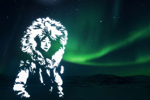 Through Light Painting and Stenciling, Artist Fabrice Wittner Illuminates Life Near the North Pole