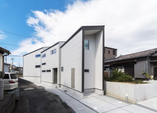 House With 3 Shed Roofs / 416 Architects Ayako Shima