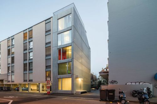 ELLI - Residential Building and Studio / Holzer Kobler Architekturen