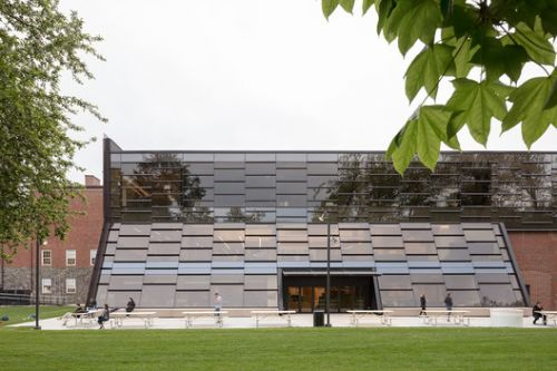 Beaver Country Day School Research + Design Center / NADAAA