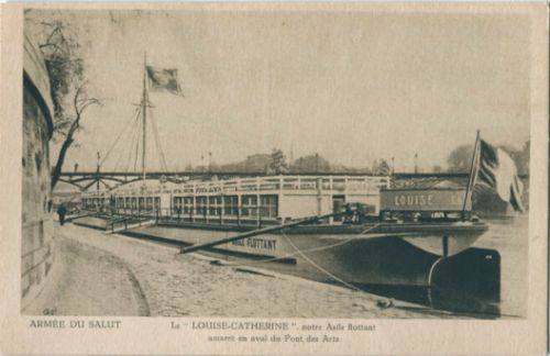 An In-Depth Look at the Le Corbusier-Designed Barge Which Sank Last Month
