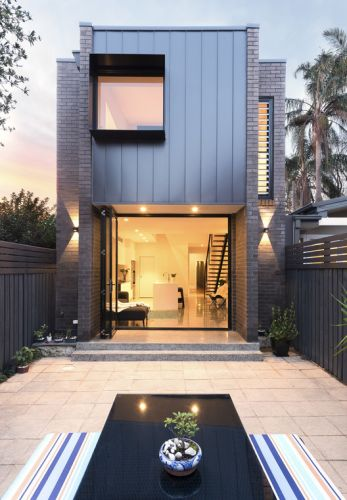 Enmore House / Amrish Maharaj Architect