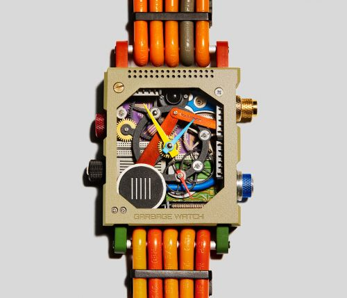 Unused Microchips, Motherboards, and Other Electronic Waste Make This Upcycled Watch Tick