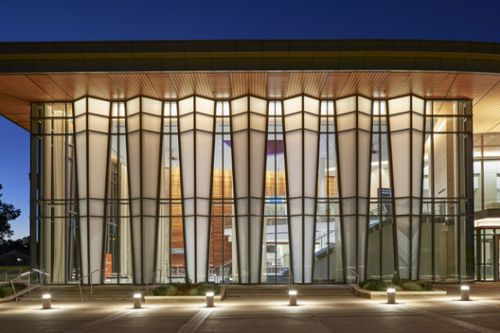 Jay and Susie Gogue Performing Arts Center / Wilson Butler Architects
