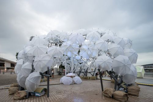 PVC Pipes and Umbrellas Come Together in Vibrant Dandelion-esque Dome in Singapore