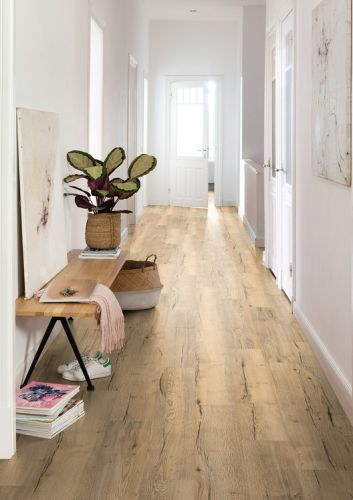 The Benefits of Comfort Flooring with Cork: When Nature Moves In