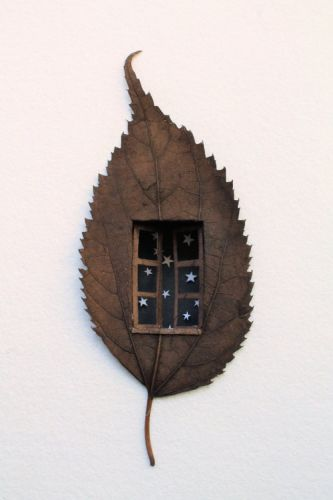 Leaf Art by Lorenzo Manuel Durán.Through his process, Lorenzo