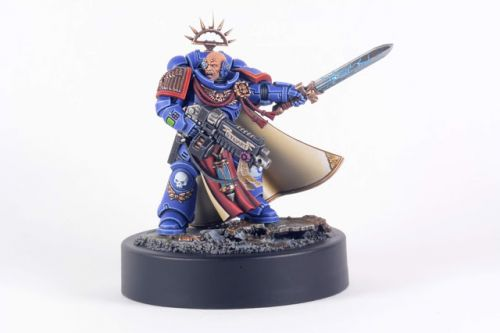Showcase: Ultramarines Primaris Captain by Lecoqadoodledo