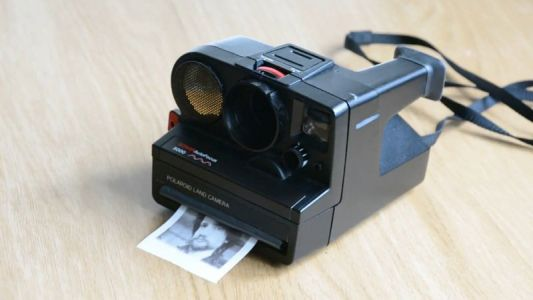 This Modified Polaroid Camera Prints Photos on Thermal Paper