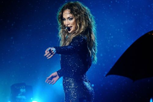 Photo Agency Sues Jennifer Lopez for $150K for Posting a Photo of Herself Two Years Ago