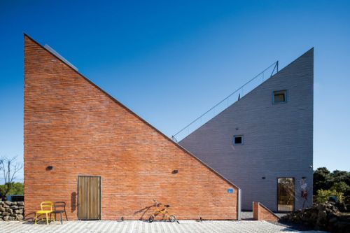 The Stair House / Formative Architects