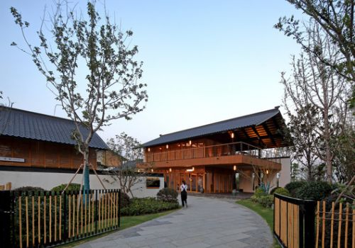 Zhujiadian B&B School / Land-Based Rationalism D-R-C