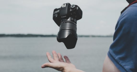 The Used Market, The Last Bastion for DSLRs, Has Fallen to Mirrorless