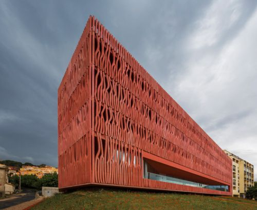 International Accommodation Center For The Oceanological Observatory / Atelier Fernandez & Serres