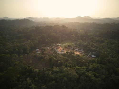 Tombo's Wound: Portraits of a Sierra Leone Village Without Clean Water