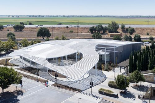 Jan Shrem and Maria Manetti Shrem Museum of Art / SO-IL
