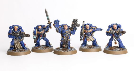 Showcase: Ultramarine Company Veterans / Command Squad