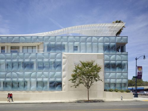 Gores Group Headquarters / Belzberg Architects