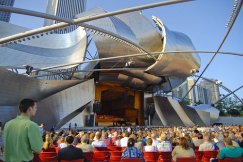 The Jay Pritzker Pavilion / Gehry Partners