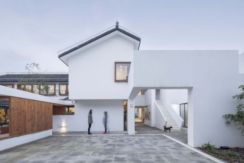 The Renovation of JiJiaDun Village Center / Yzscape