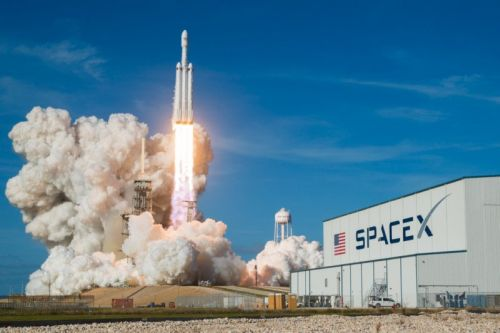 I Shot SpaceX's Falcon Heavy and Got Retweeted by Elon Musk
