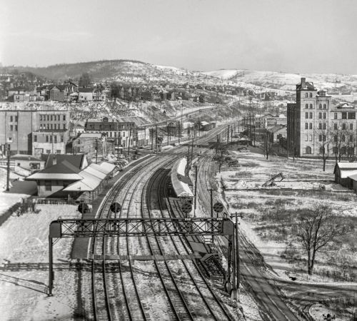 Frosted Depot: 1941