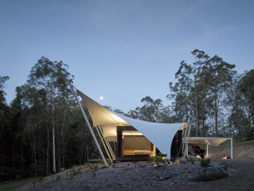 Tensile Structures: 11 Edgy Images Under Strain