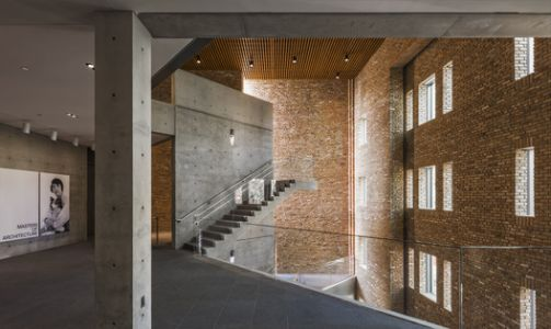 Wrightwood 659 exhibition space / Tadao Ando Architect and Associates