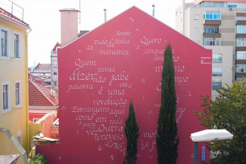To Pessoa and Saramago: a poetry homage by Opiemme in Lisbon, Portugal