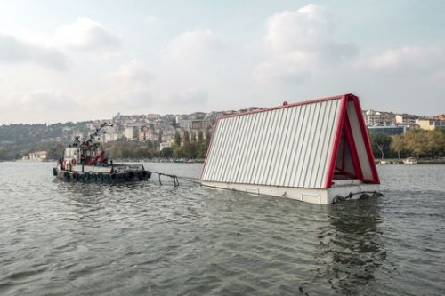 SO? Unveils Prototype Floating Emergency Structure in Istanbul