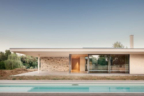 Patio House / Studio Contini