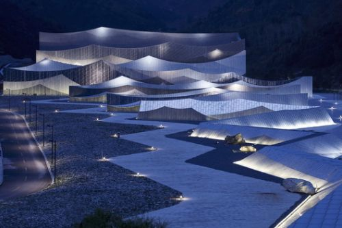 Encore Mount Wutai Theater / BIAD-ZXD ARCHITECTS