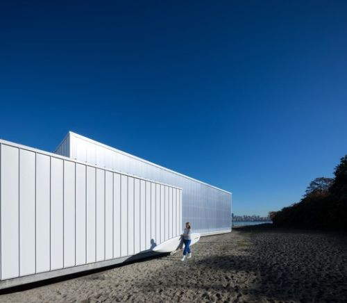 The Dock Building / Michael Green Architecture