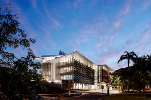 James Cook University - The Science Place / HASSELL