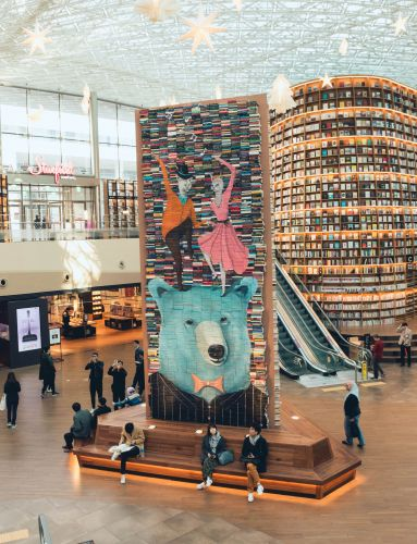 Discarded Books Get a Second Chance in Mike Stilkey's Towering Installations