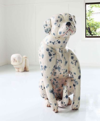 Adorably Derpy Canines and Chunky Hounds Masterfully Chiseled into Wood by Misato Sano