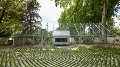 Strasbourg Zoo's Pedagogical Farm and Visitor Center / FREAKS Architecture