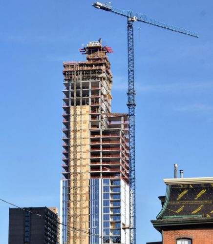 Arthaus, KPF's First Residential Tower in Philadelphia, Tops Out