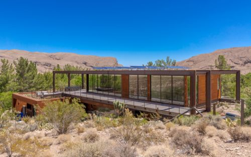 Min/MAX House / Punch Architecture